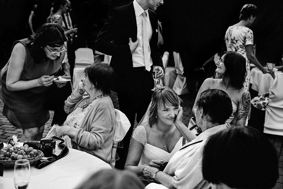 ślubna fotografia dokumentalna