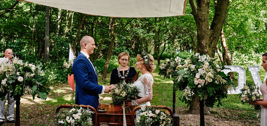 Ślub plenerowy K&Ł Dwór w Odonowie